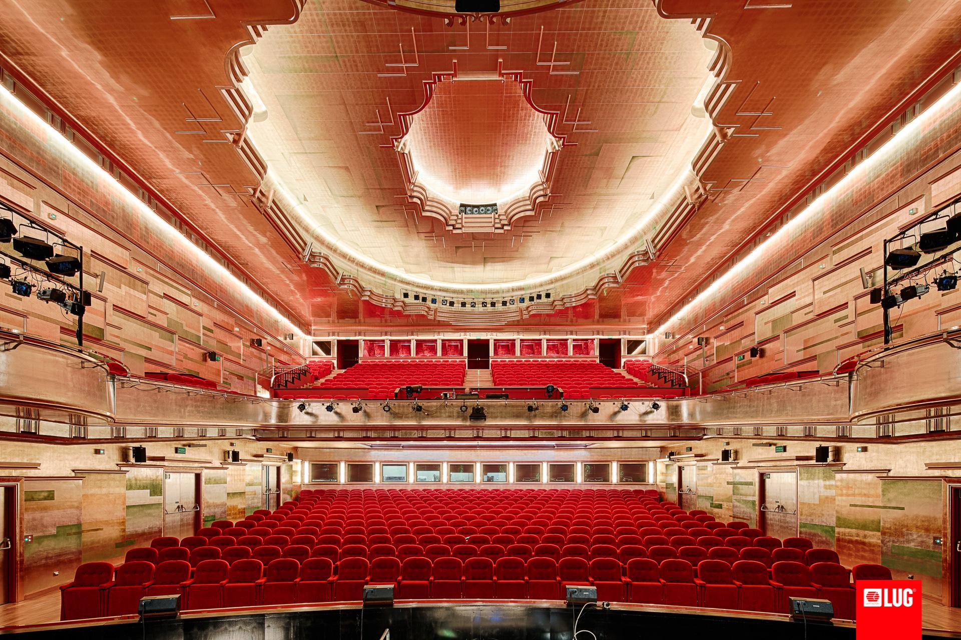 Capitol Musical Theatre Wrocław Poland Lug